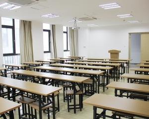 山香教室环境